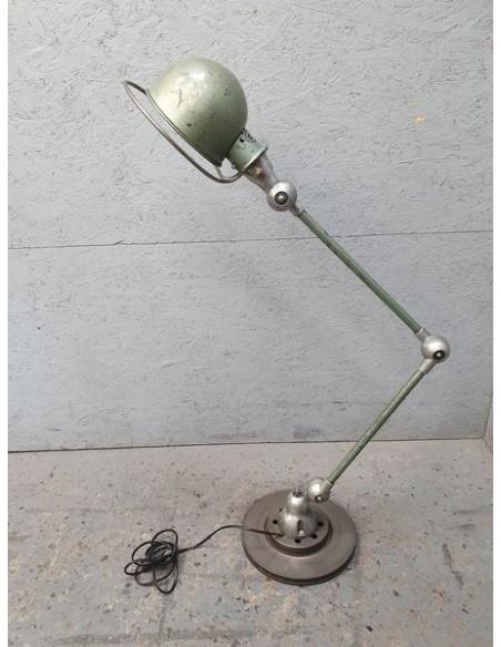 lampe industrielle bras orientable Jielde spécialiste dans le Nord