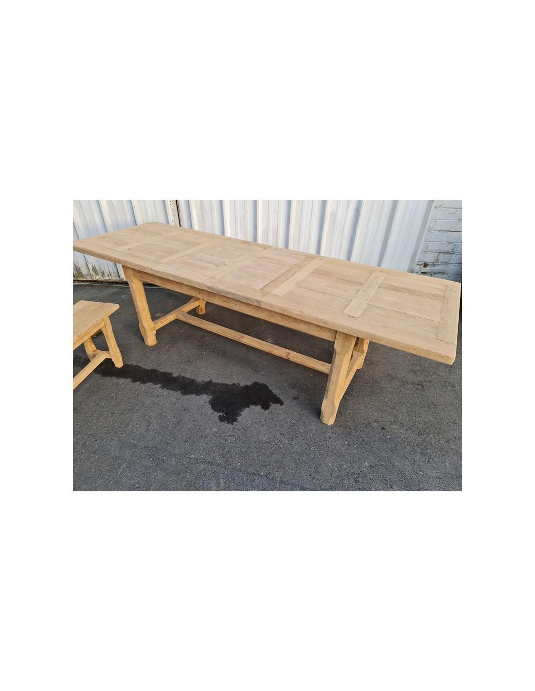 Table de ferme avec deux banc et deux rallonges en chêne massif brut