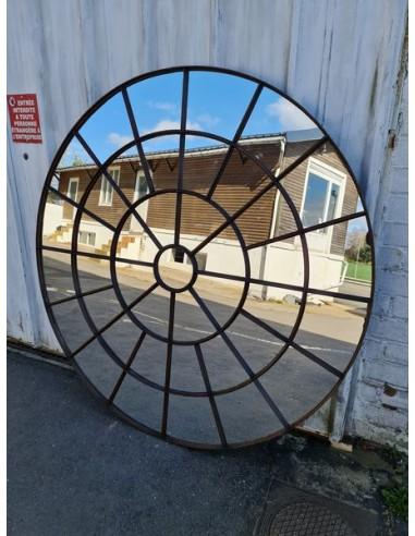 Grand miroir industriel métallique rond diamètre 174 cm 41 sections