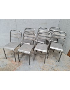 Série de six chaises Tolix patine graphite et une gratuite
