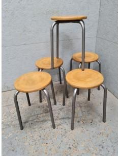 Série cinq tabourets d'école métal patine graphite et bois