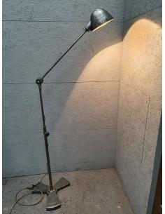 Lampe RG Levallois Lampe industrielle garagiste carrossier